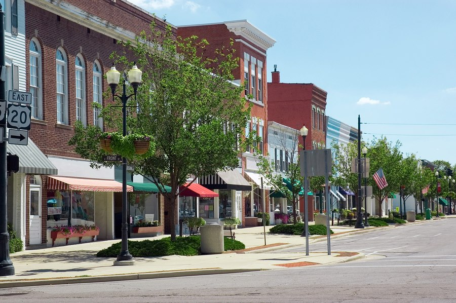 a description of the two midwestern towns respond to immigration the phrase small midwestern towns The 100 most searched small towns in the us to relocate to with i just took the town manager job approximately two and true midwestern charm it.