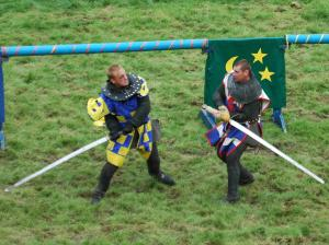 knights-dueling-at-belvoir-castle-fall-2004